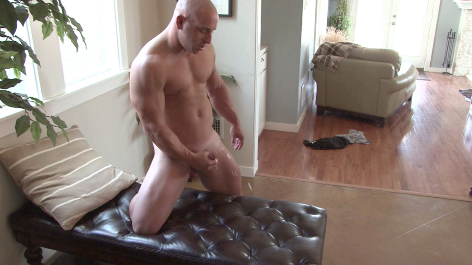 Southern-Strokes-Tyson-Texas-Muscle-Daddy-With-Thick-Cock-Amateur-Gay-Porn-16 Straight Texas Muscle Stud Jerks His Thick Cock And Shoots A Load